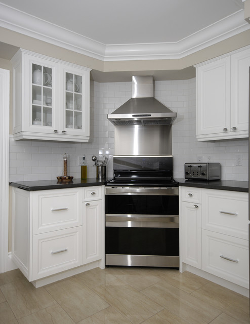 Paragon Kitchens Traditional Kitchen Toronto By