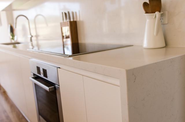 Parkdale - Caesarstone Frosty Carrina Kitchen - Modern - Kitchen - Melbourne - by Granite Planet