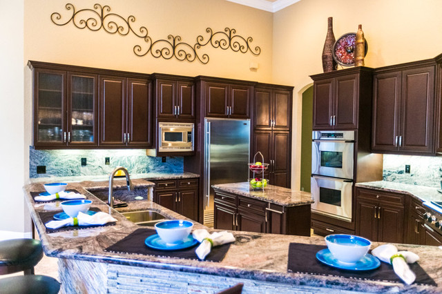 Parkland Great Room traditional-kitchen