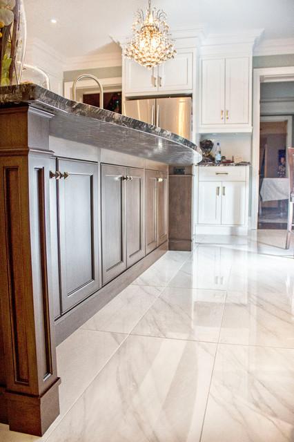 Parklawn & Lakershore Res - Toronto, ON contemporary-kitchen