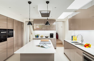 how to plan kitchen lighting parsons green house 2 contemporary kitchen 7318