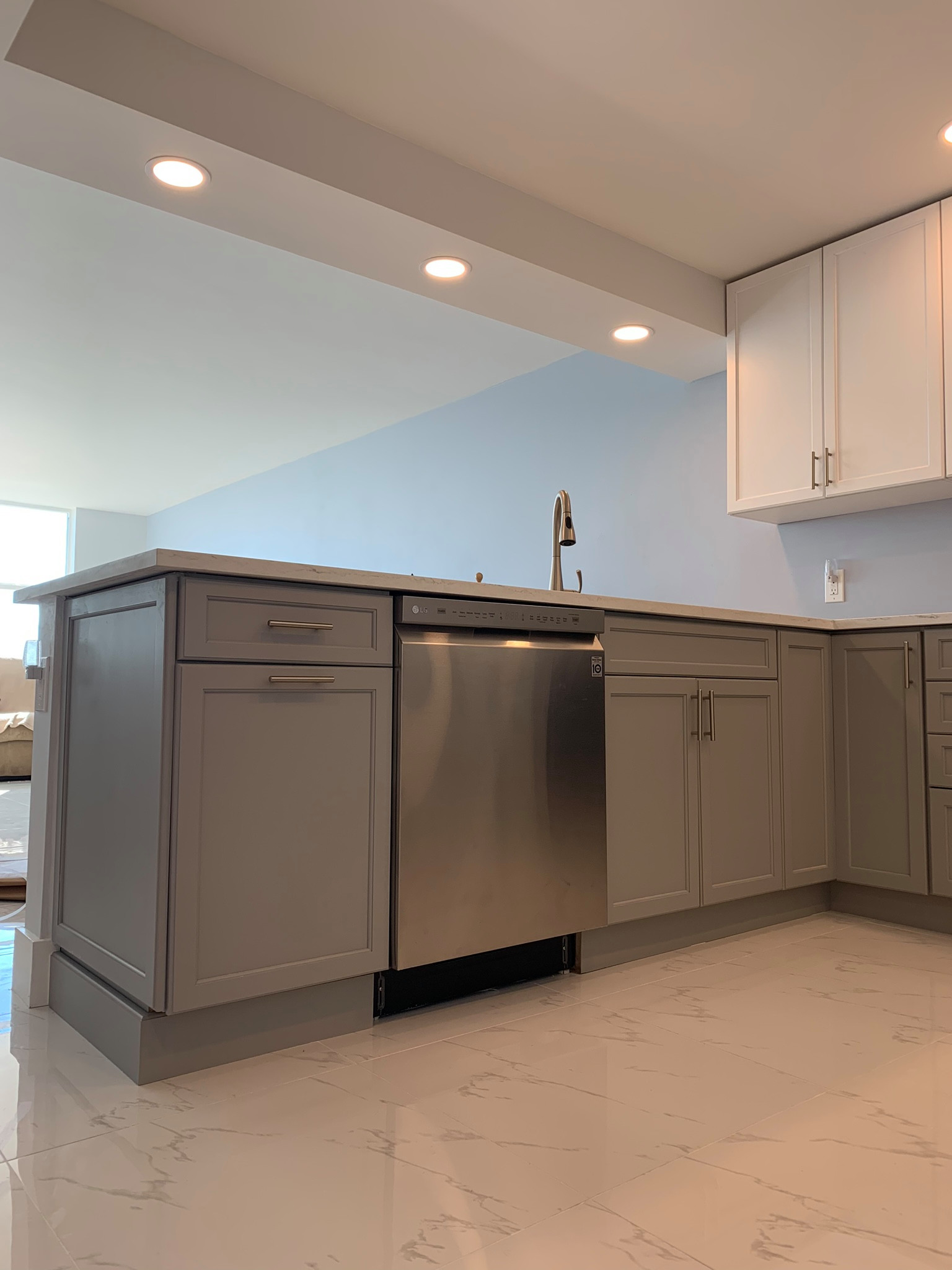 75 Beautiful Black Marble Floor Kitchen Pictures Ideas December 2020 Houzz