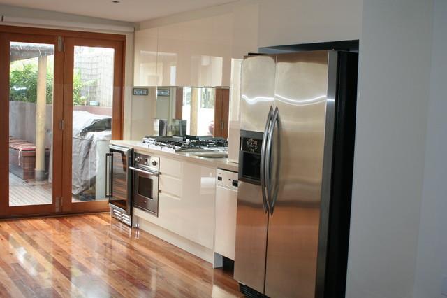 Lujoso Baño Y Cocina Centro De Melbourne Friso - Ideas Del Gabinete ...