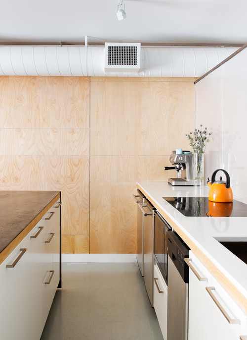 Is This Baltic Birch Plywood? How Are The Panels Finished And Mounted?