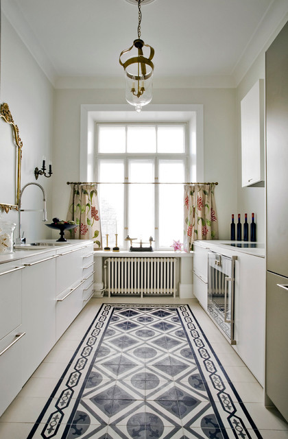 Peaceful kitchen - Transitional - Kitchen - London - by Mosaic del Sur