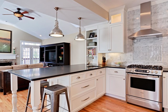 Peachtree Hills Kitchen Remodel traditional-kitchen