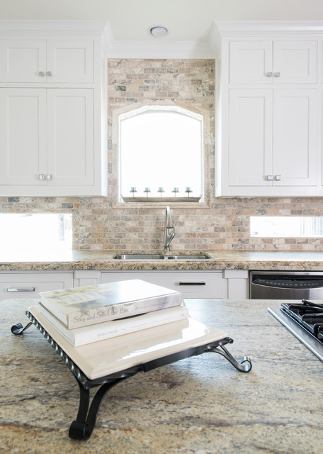 Pearland remodel contemporary kitchen houston by for Bathroom remodeling pearland tx