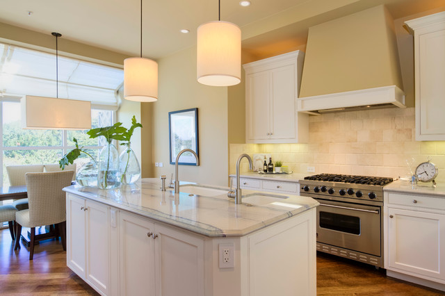 Pebble beach townhouse kitchen san francisco by for Beach townhouse designs