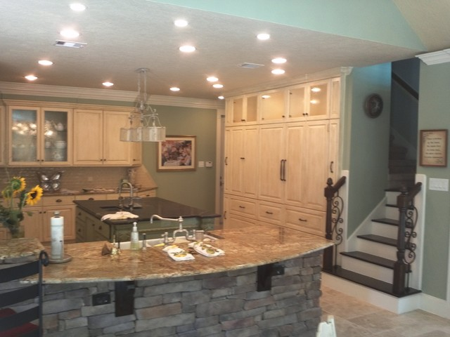 Pebble Chase traditional-kitchen