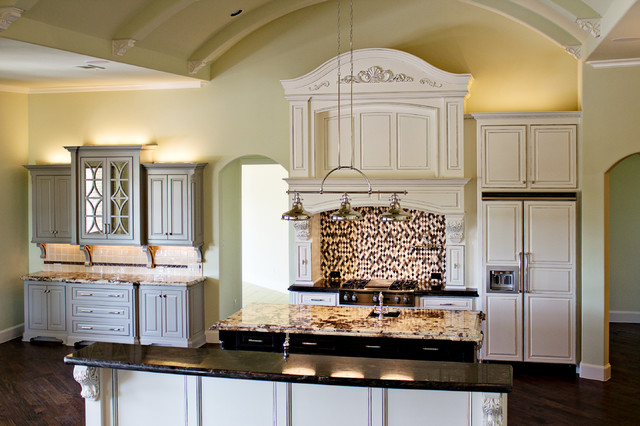 Pebble creek traditional kitchen dallas by annie s designs