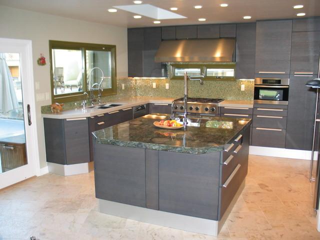 Pedini gray contemporary kitchen design in la jolla ca for Pedini cabinets
