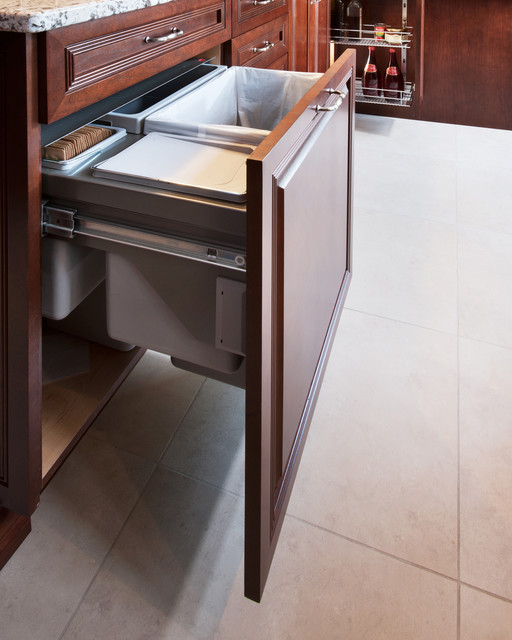 Pelletier Kitchen - Traditional - Kitchen - ottawa - by ...