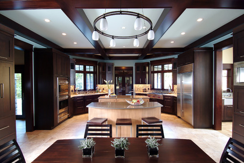 Traditional Kitchen by Grand Rapids Architects & Building Designers Visbeen Architects