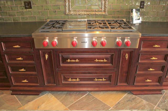 Pembridge and Portobello Road Gold Hardware traditional-kitchen