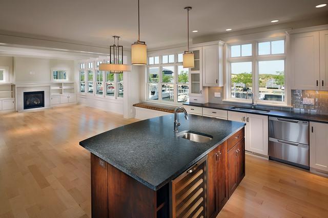 Peninsula 1 traditional-kitchen