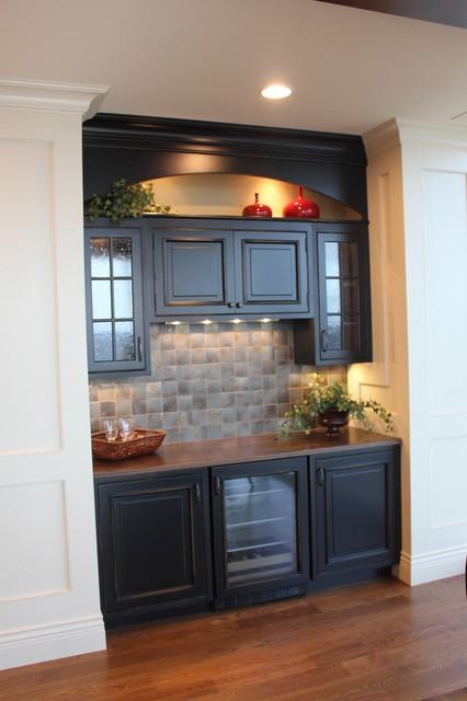 Penthouse Condominium traditional-kitchen