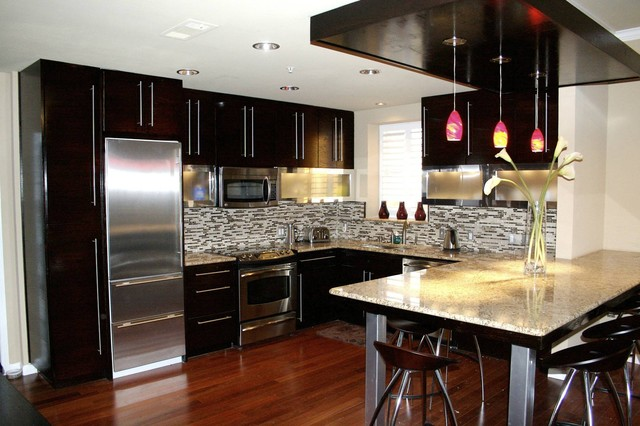 Penthouse kitchen Modern kitchen design ideas houzz