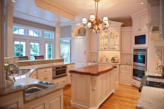 Perfect flow traditional kitchen boston by brunarhans for Perfect kitchen and bath