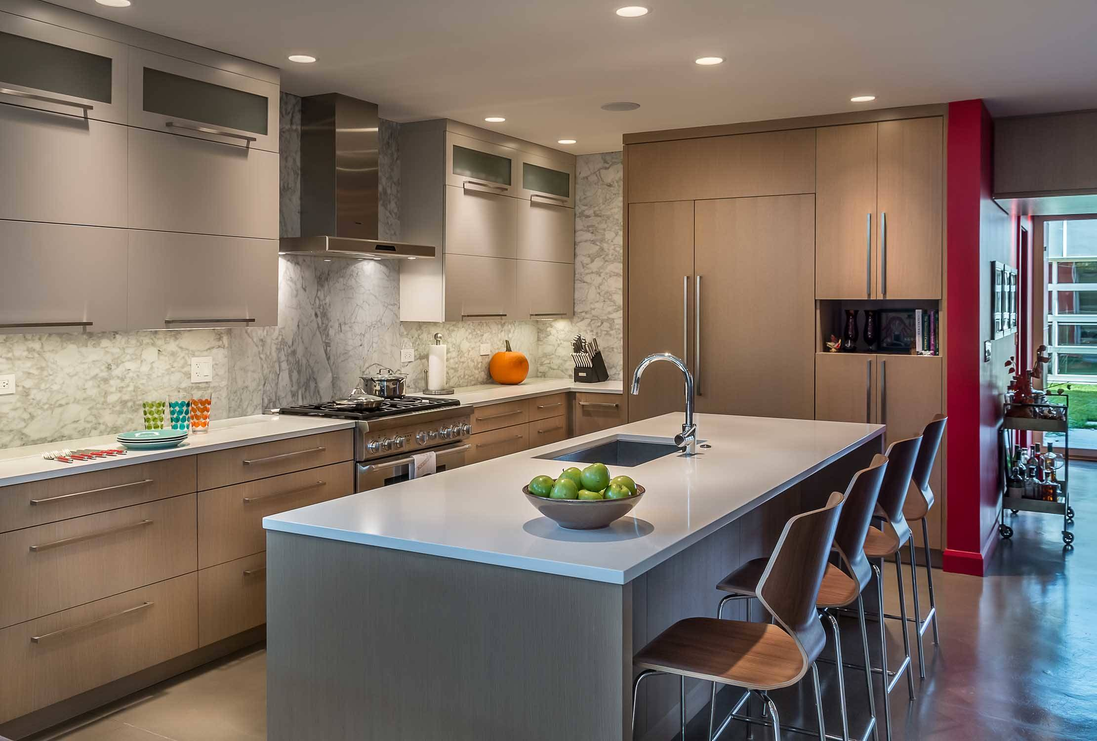 75 Beautiful Kitchen With Recycled Glass Countertops Pictures Ideas December 2020 Houzz