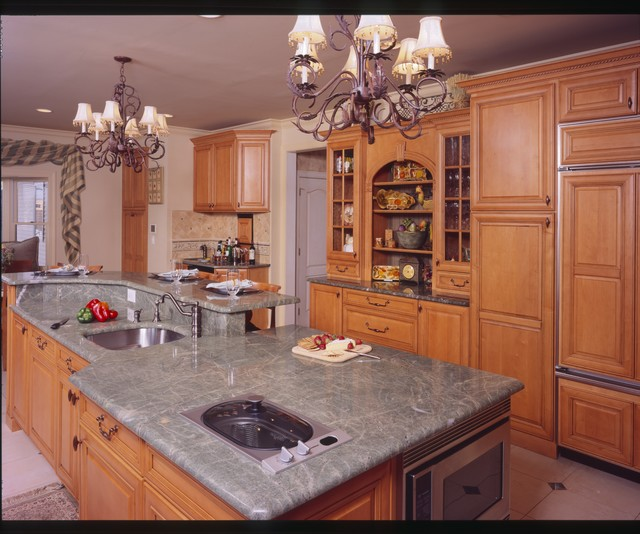 Personal Touch traditional-kitchen