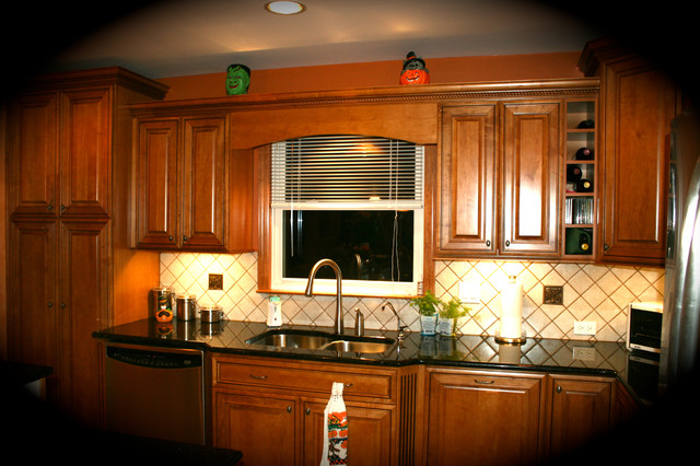 Perth amboy kitchen traditional kitchen new york for Adams cabinets perth