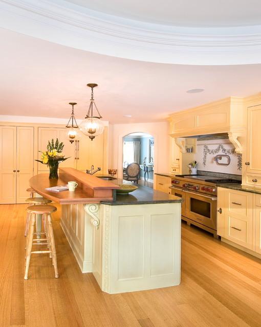 Peterborough NH Kitchen traditional-kitchen