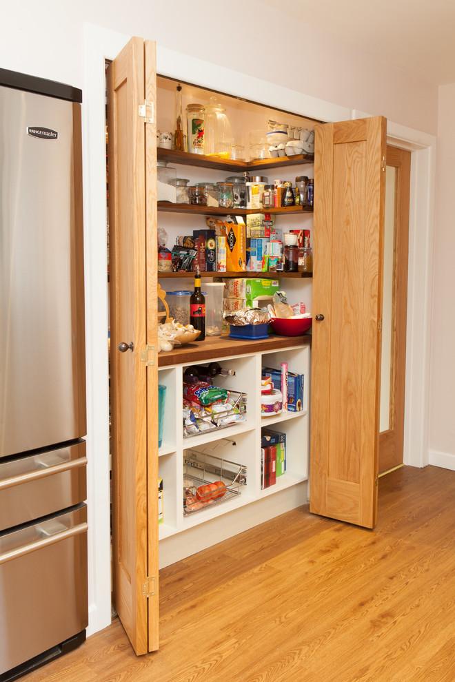 Petersfield Ivory Shaker Kitchen