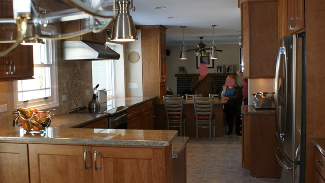 Pfled traditional-kitchen