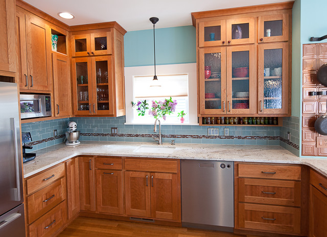 Phinney ridge cherry kitchen contemporary kitchen for Modern kitchen cabinets seattle
