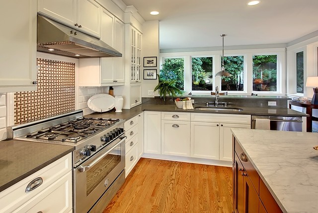 Phinney Ridge traditional-kitchen