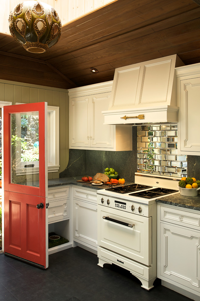 Mountain style kitchen photo in Los Angeles