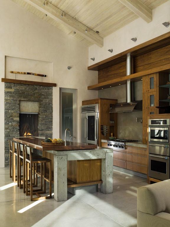 Kitchen - contemporary kitchen idea in Boise