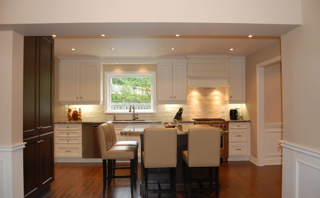 Piacentino Residence traditional-kitchen