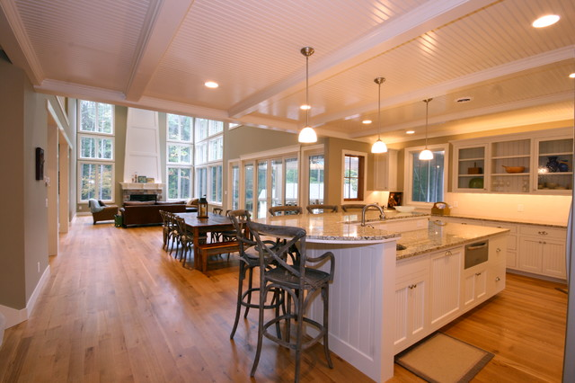 Pier Cove traditional-kitchen