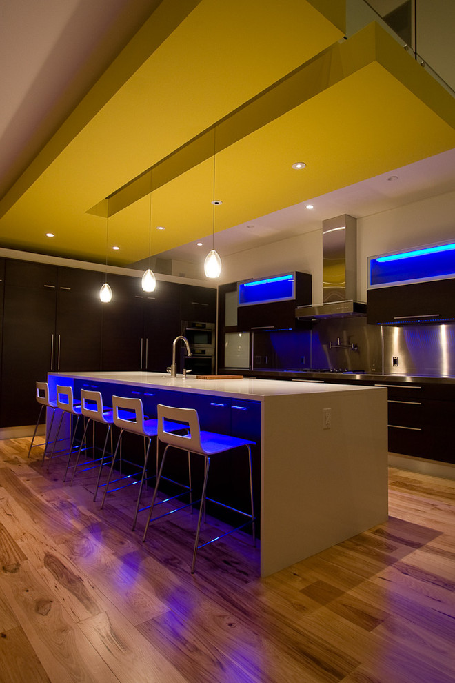 Kitchen - contemporary kitchen idea in Grand Rapids with stainless steel appliances