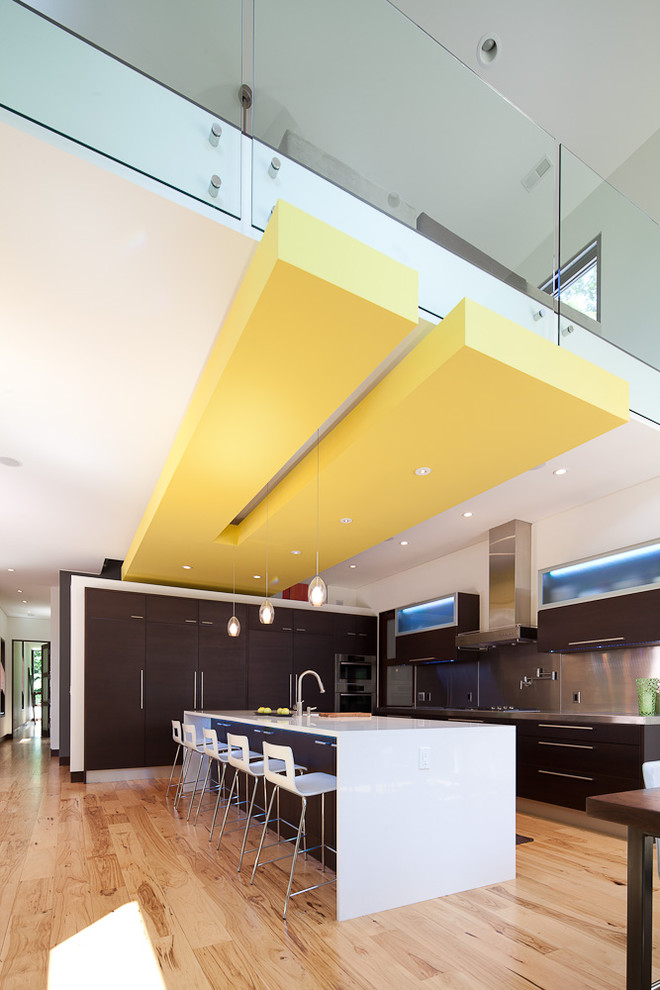 Example of a trendy kitchen design in Grand Rapids
