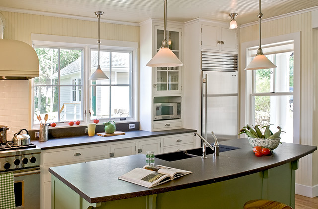 Pinewold traditional kitchen portland maine by whitten architects - Kitchen design portland maine ...