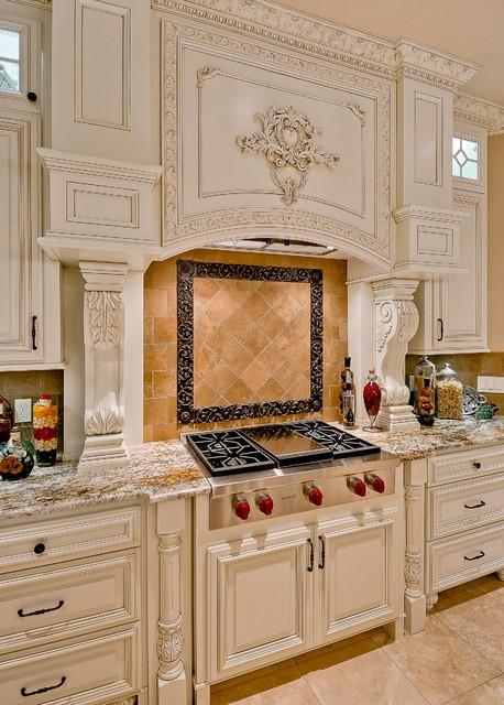 Pinnacle Country Club traditional-kitchen