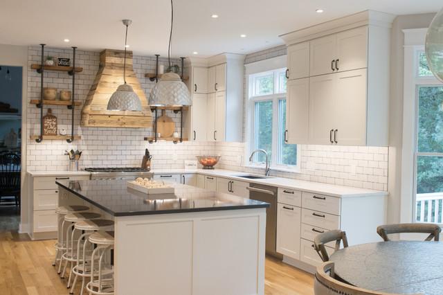 Pioneer Remodel - Farmhouse - Kitchen - Grand Rapids - by Starlite ...