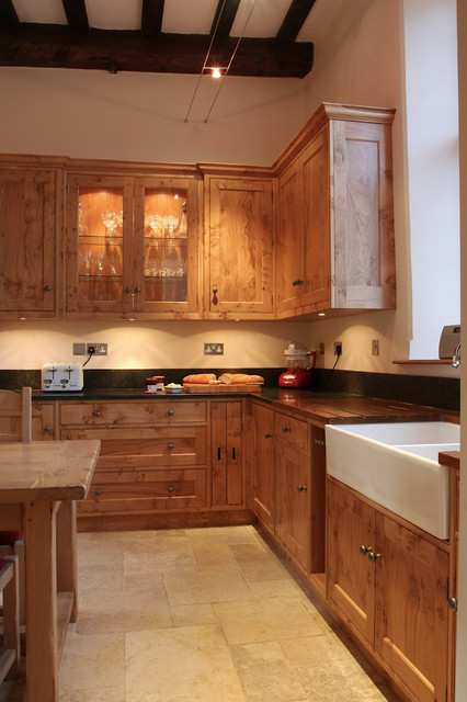 Pippy Oak Classic Farmhouse Kitchen London by Baker & B