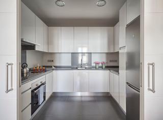 Piso piloto salsa inmobiliaria contempor neo cocina m laga de masfotogenica interiorismo - Downlight cocina ...