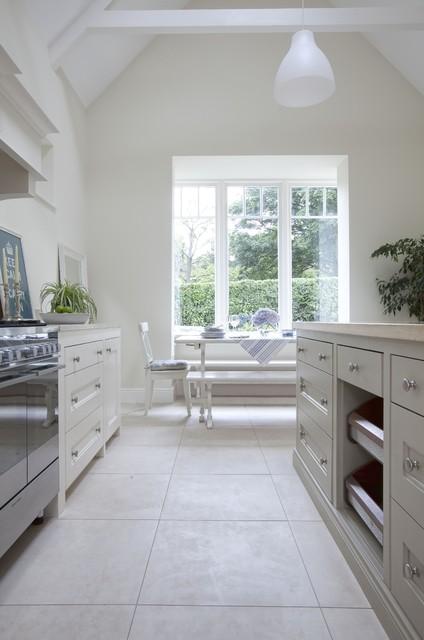 plain english kitchen traditional kitchen dublin by noel dempsey design. Black Bedroom Furniture Sets. Home Design Ideas