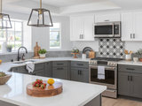 Top Colors and Materials for Counters, Backsplashes and Walls (9 photos)