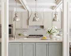 Pleasant Valley transitional kitchen