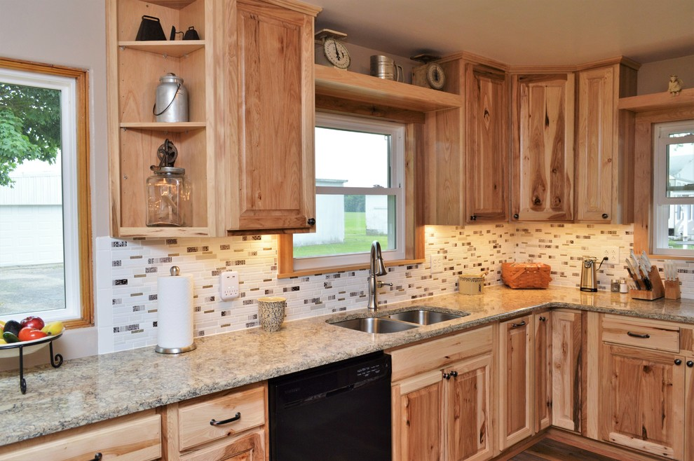 29+ Rustic Natural Hickory Kitchen Cabinets Pics - WoodsInfo