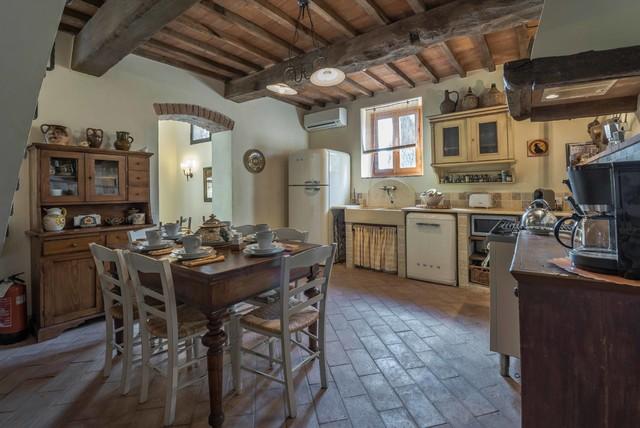 Podere erica farmhouse in chianti in campagna cucina firenze