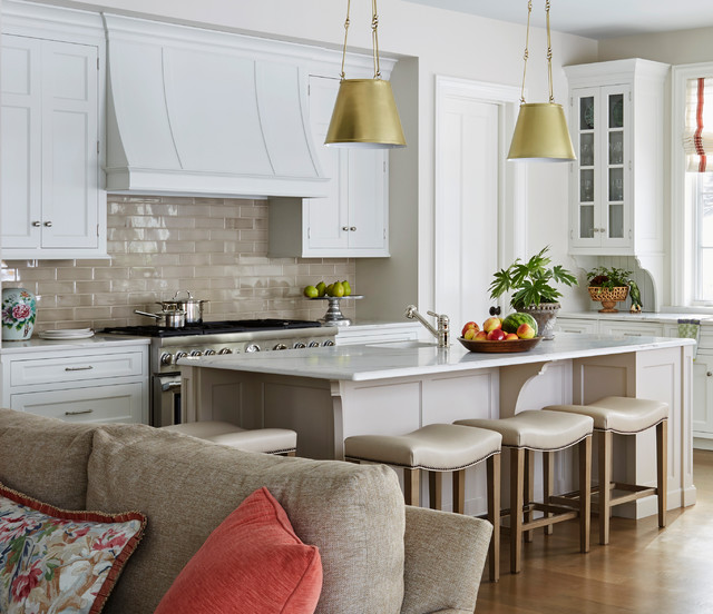 Traditional Open Concept Kitchen: Polished Traditional
