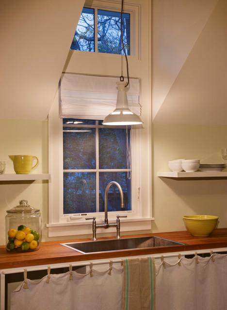 Pool House farmhouse-kitchen