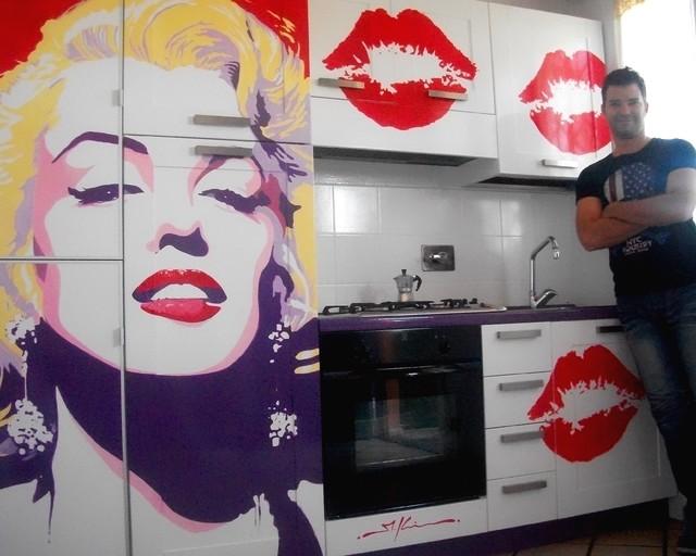 Pop art kitchen marilyn monroe modern kitchen for Kitchen cabinets lowes with wall art marilyn monroe