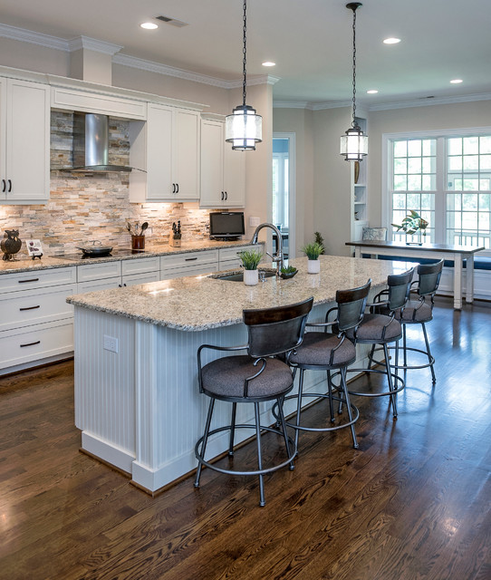 Off White Kitchen Cabinets With Slate Appliances: Porters Neck Plantation
